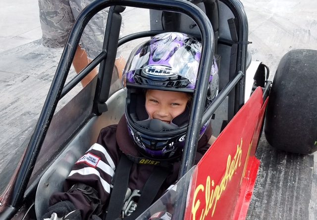 8-year-old dragster stretches Lockport family tradition to four generations