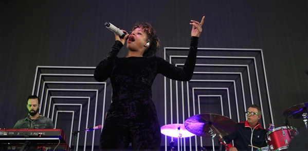 OneRepublic  and James Arthur, Fitz and the Tantrums at Darien Lake