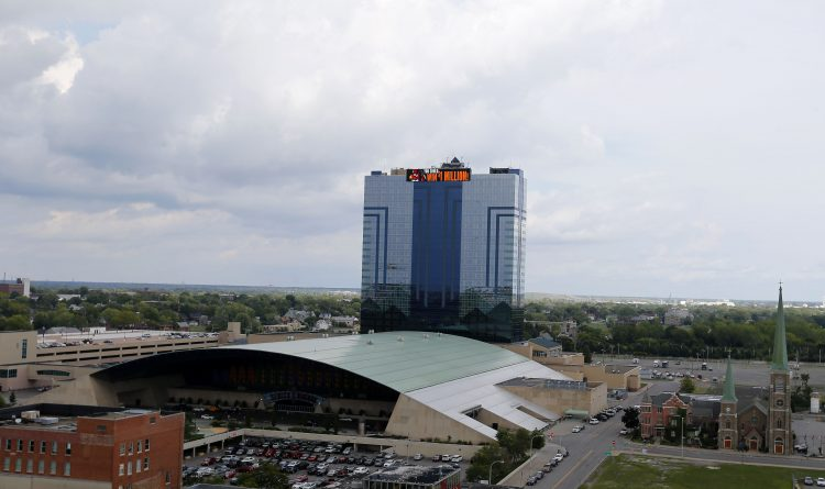 Cuomo to Senecas: Continue payments or state will put a casino in Niagara Falls