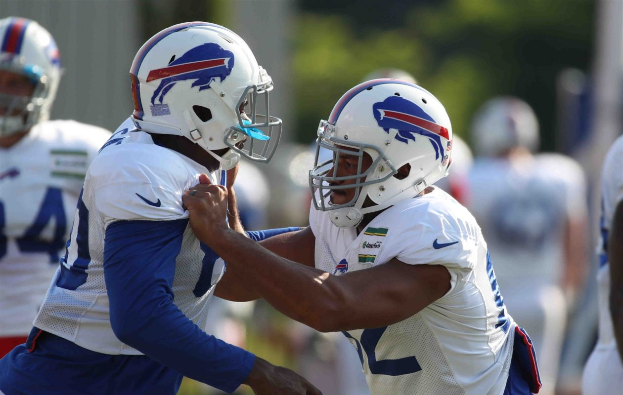Tight ends Logan Thomas, right, and Wes Saxton are both projected to land spots on the Buffalo Bills' 53-man roster. (James P. McCoy/Buffalo News)