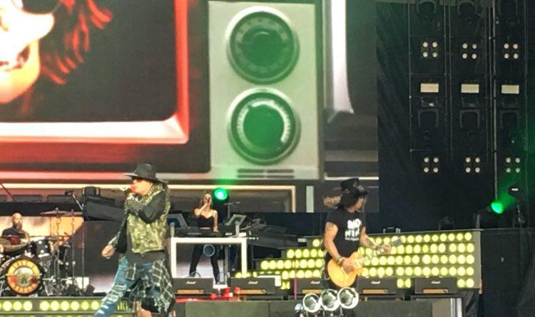 Guns N' Roses songs go down easy at New Era Field
