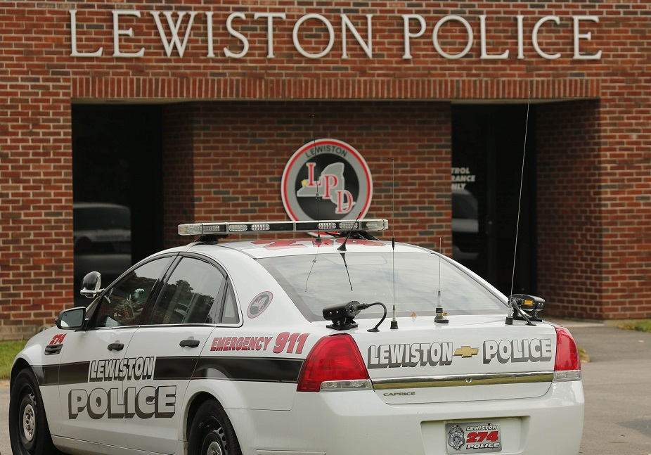 The Lewiston Police station, Tuesday, Sept. 30, 2014.  (Derek Gee/Buffalo News)