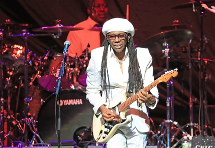 Earth, Wind & Fire and Chic at KeyBank Center