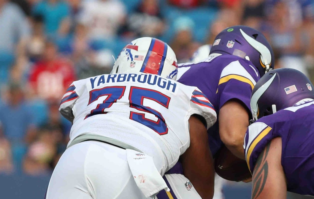 Eddie Yarbrough put together another solid performance for the Buffalo Bills on Thursday night. (James P. McCoy/Buffalo News)