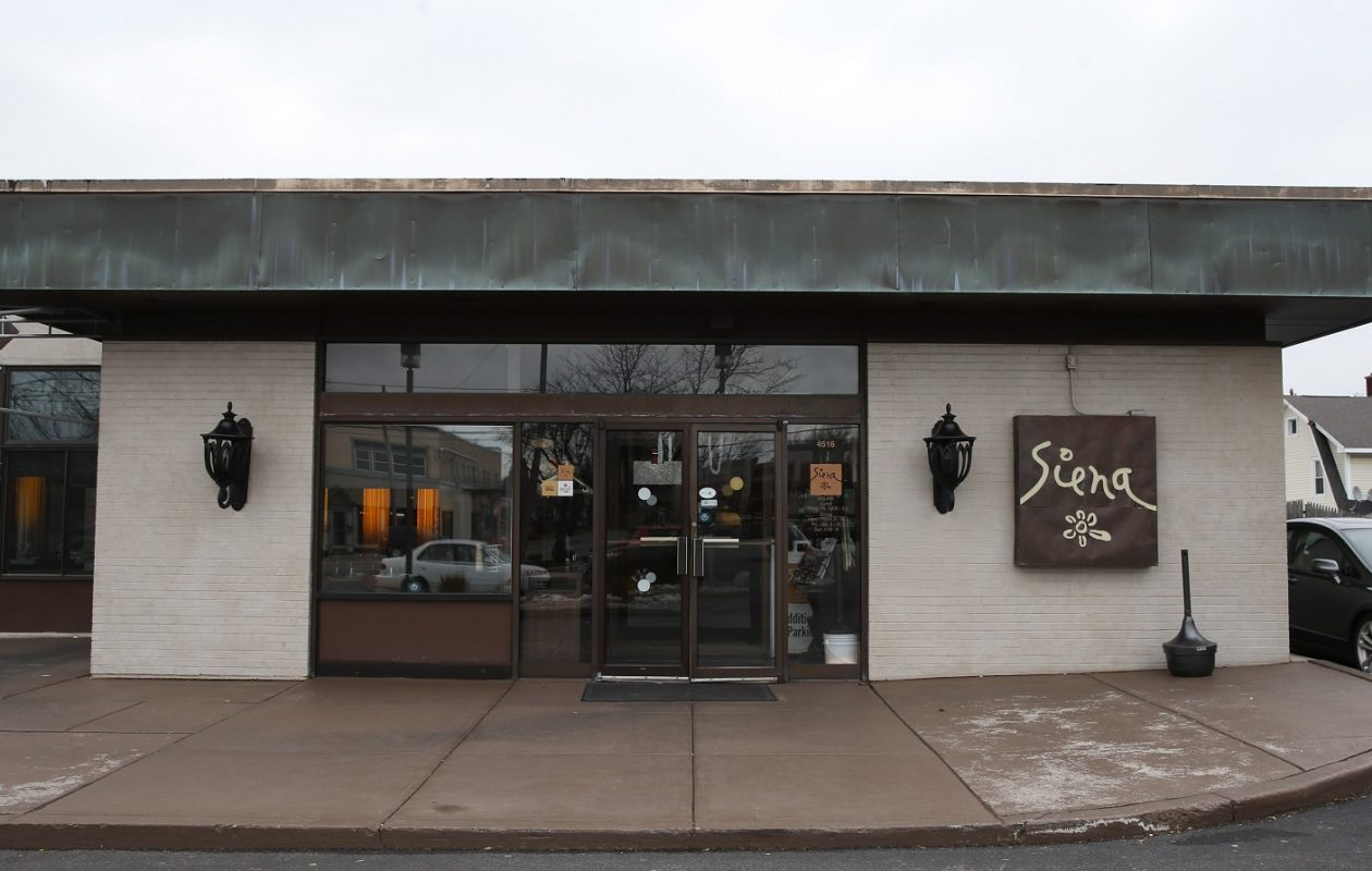 Siena is an upscale Italian restaurant in Snyder. (Sharon Cantillon/Buffalo News)