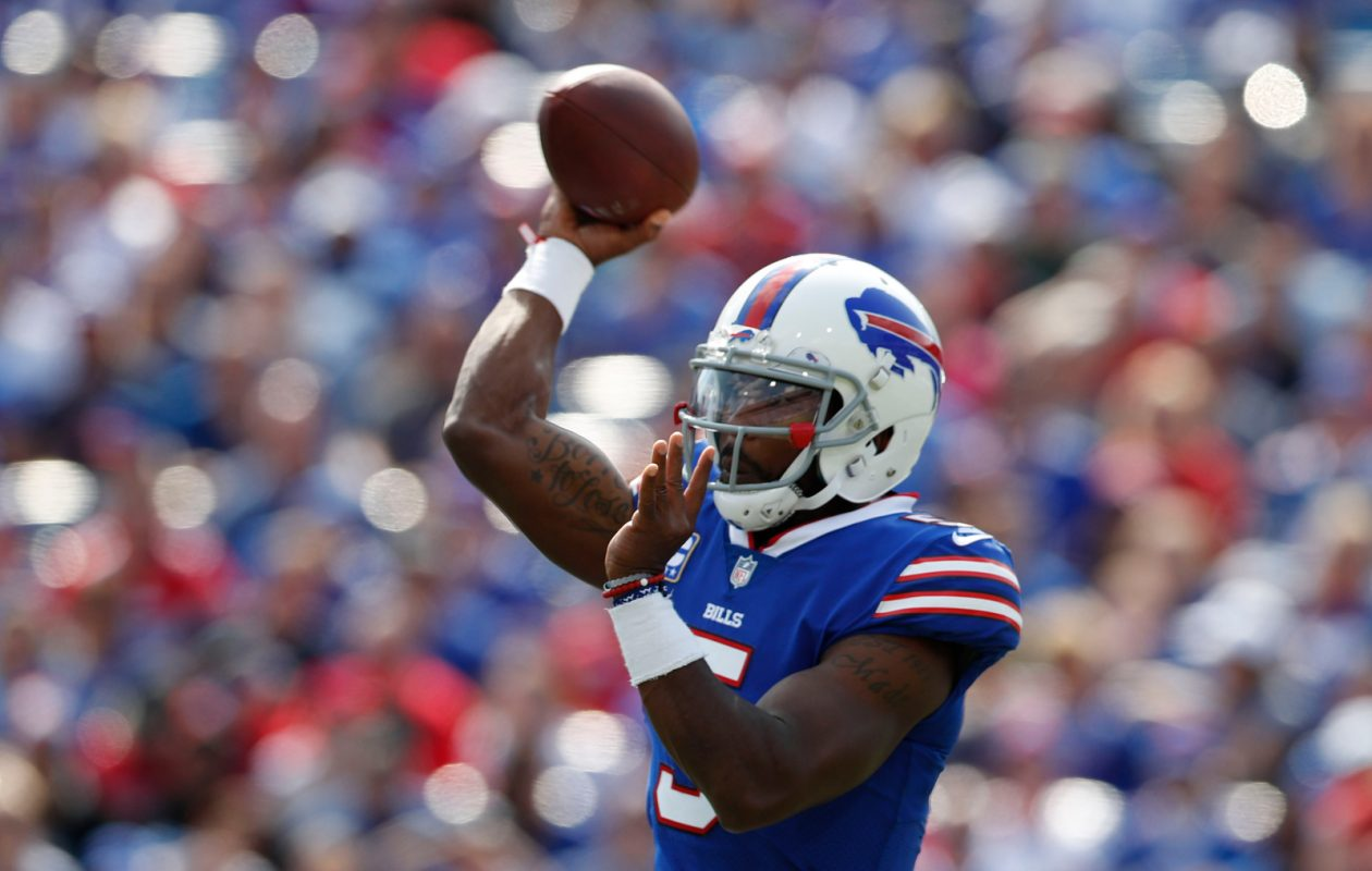 Buffalo Bills quarterback Tyrod Taylor (5) throws a pass against the New York Jets during the second quarter at New Era Field in Orchard Park, Sunday, Sept. 10, 2017.  (Mark Mulville/Buffalo News)