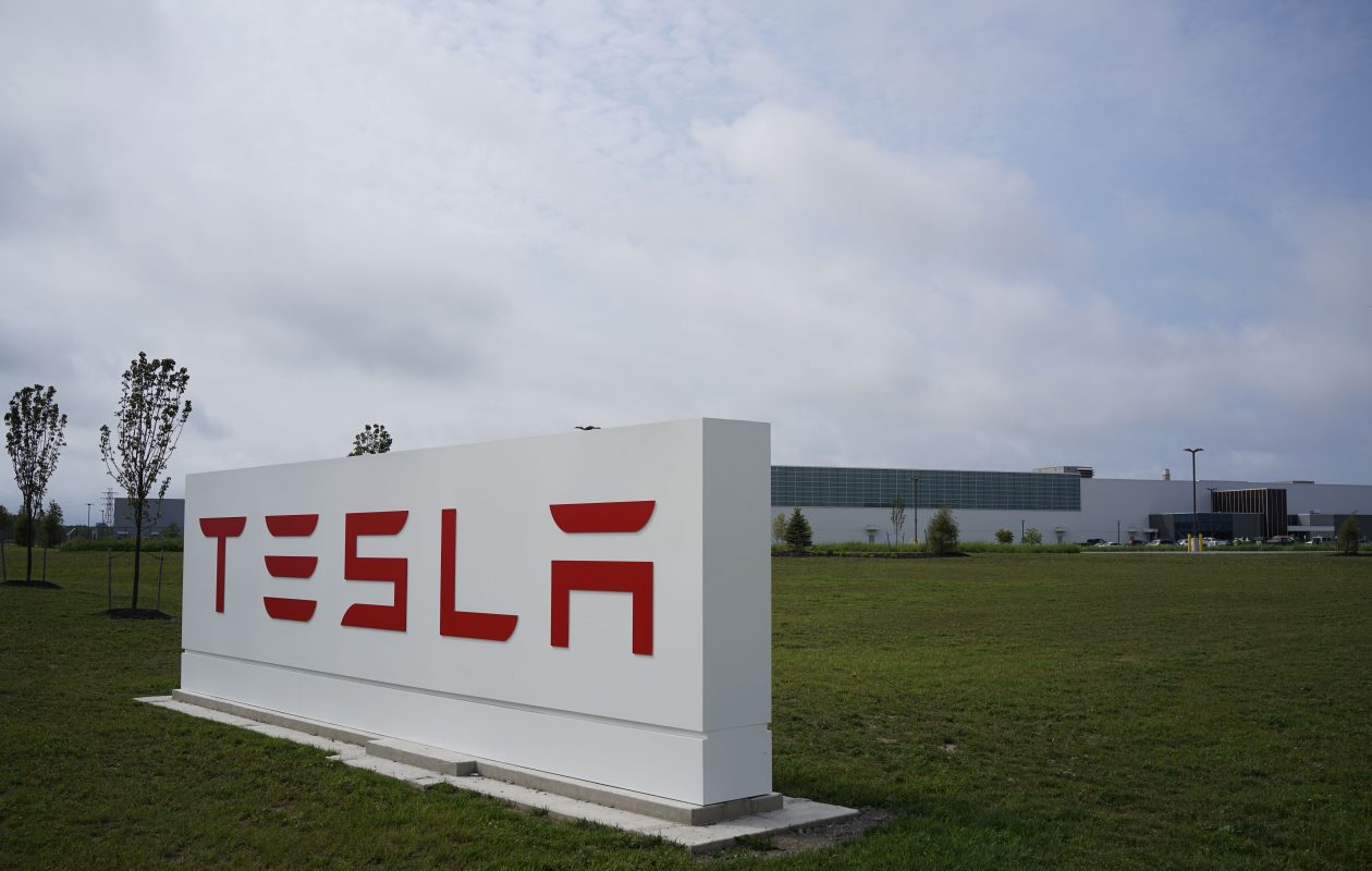 Tesla's efforts to ramp up production of its Model 3 electric vehicle overshadowed its Riverbend solar plant during the company's third-quarter earnings report. (Derek Gee/Buffalo News)