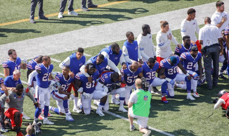 Bills, Broncos participate in large-scale silent protest during national anthem