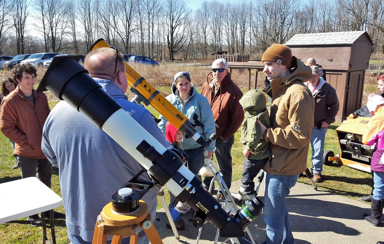 The Buffalo Astronomical Association shares telescopes with the public. (via the BAA)