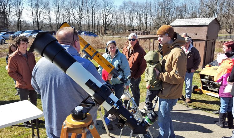 How Western New York can see the stars come out