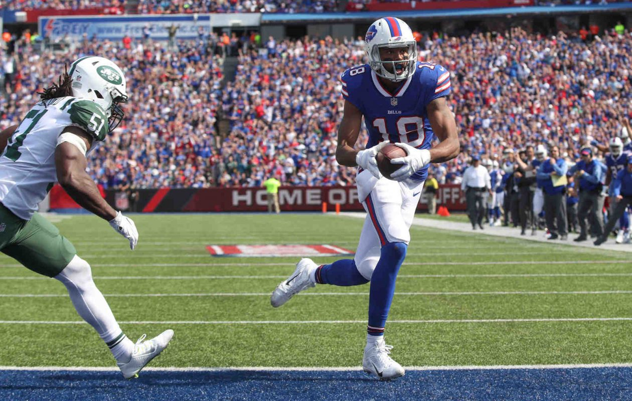 Buffalo Bills wide receiver Andre Holmes (18) scores a touchdown against the Jets in the third quarter at New Era Field in Orchard Park, N.Y. on Sunday, Sept. 10, 2017.  (James P. McCoy/Buffalo News)