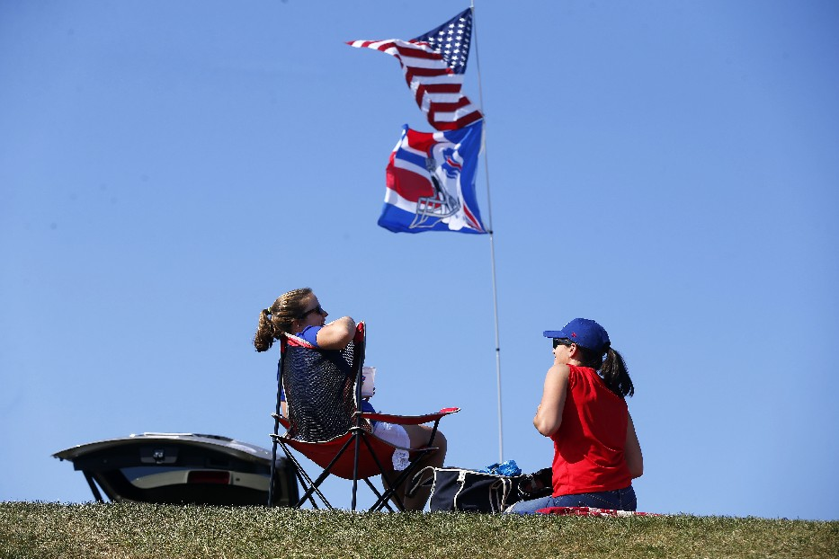 Sunday's 90-degree day matched Sept. 9, 2001, for the warmest regular season home game ever for Buffalo Bills fans. (Mark Mulville/News file photo)