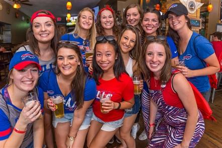 Smiles at Bills Funday Sunday Bar Crawl on Hertel