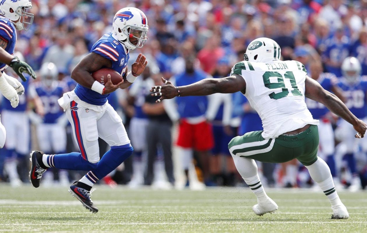 Against the Jets, Tyrod Taylor ran the football eight times for 38 yards and threw it away on four occasions. (Mark Mulville/Buffalo News)