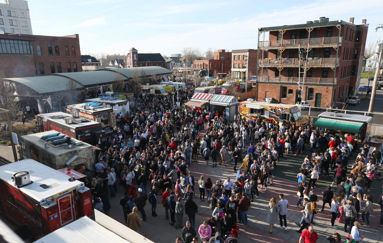 Food Truck Tuesdays will be back at Larkin Square on April 24. (Sharon Cantillon/News file photo)