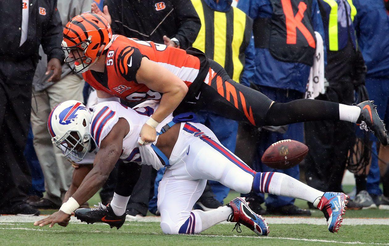 Running back LeSean McCoy had three of the Bills pass-catchers' five drops. (James P. McCoy/Buffalo News)