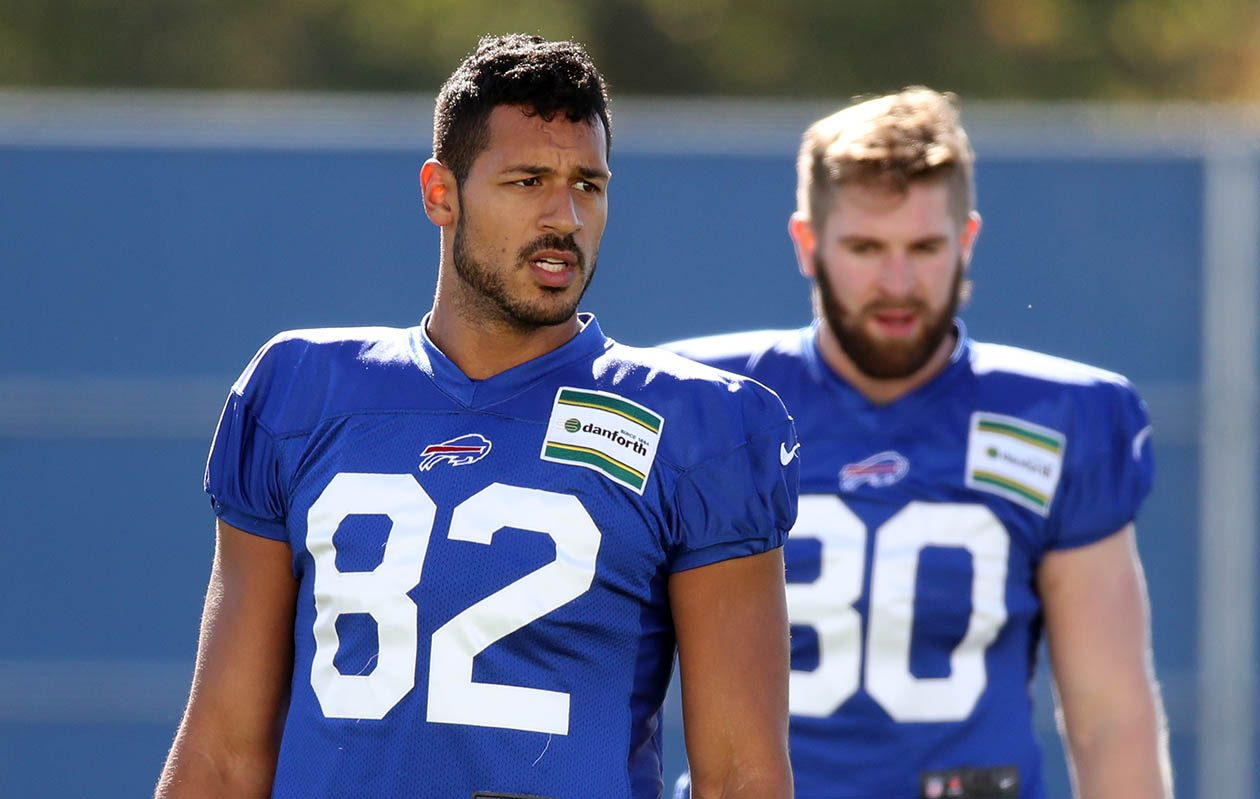 Bills tight end Logan Thomas warms up during practice in Orchard Park on Oct. 18.  (James P. McCoy/News file photo)