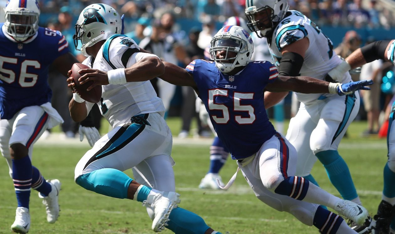 Jerry Hughes is the Bills most accomplished pass rusher, but didnt get much help from his teammates in 2017. (James P. McCoy/Buffalo News)
