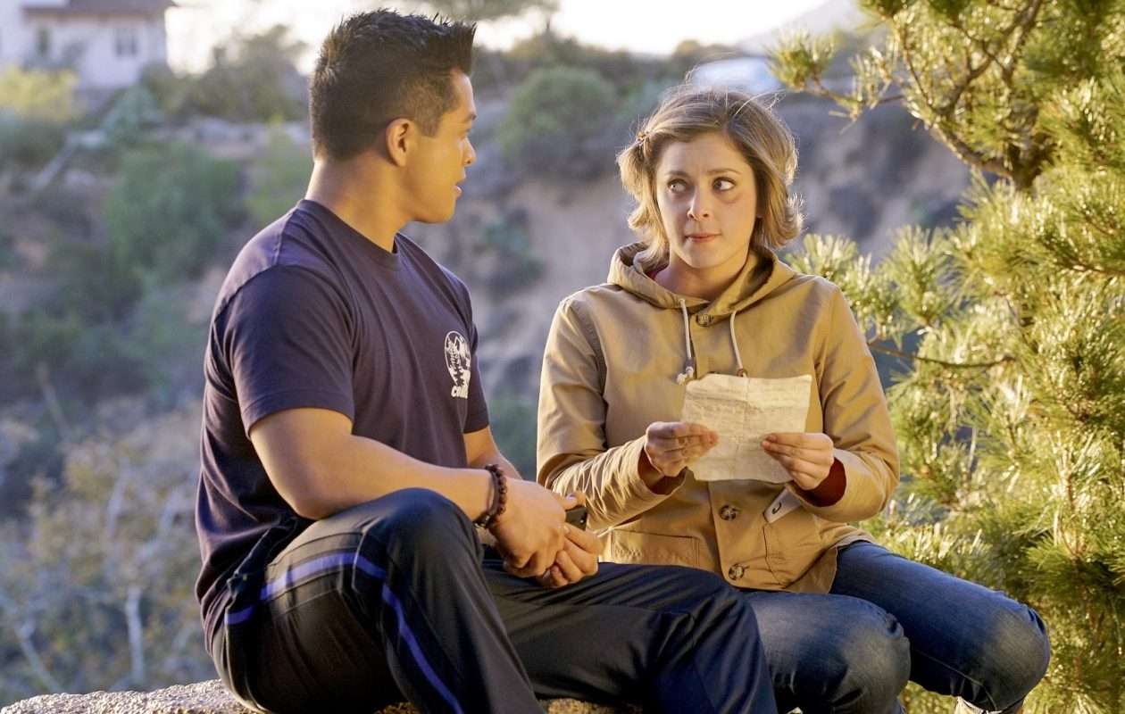 Vincent Rodriguez as Josh and Rachel Bloom as Rebecca in a scene from 'Crazy Ex-Girlfriend.' (Greg Gayne, The CW)