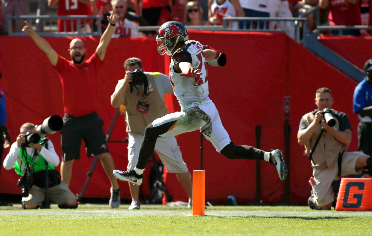 Strong safety Chris Conte's daughter was born during the Buccaneers' Week Six game. (Brian Blanco/Getty Images file photo)