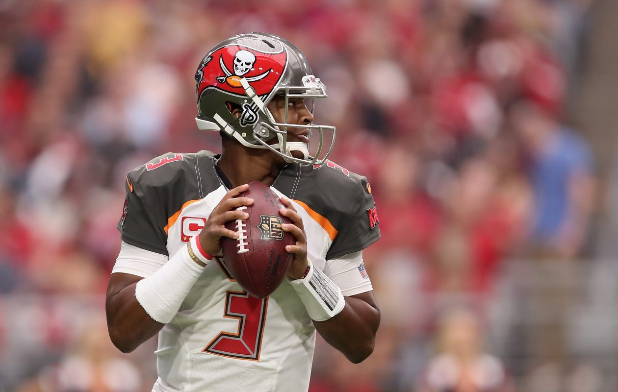 Will Tampa Bay quarterback Jameis Winston play on Sunday? (Christian Petersen/Getty Images)