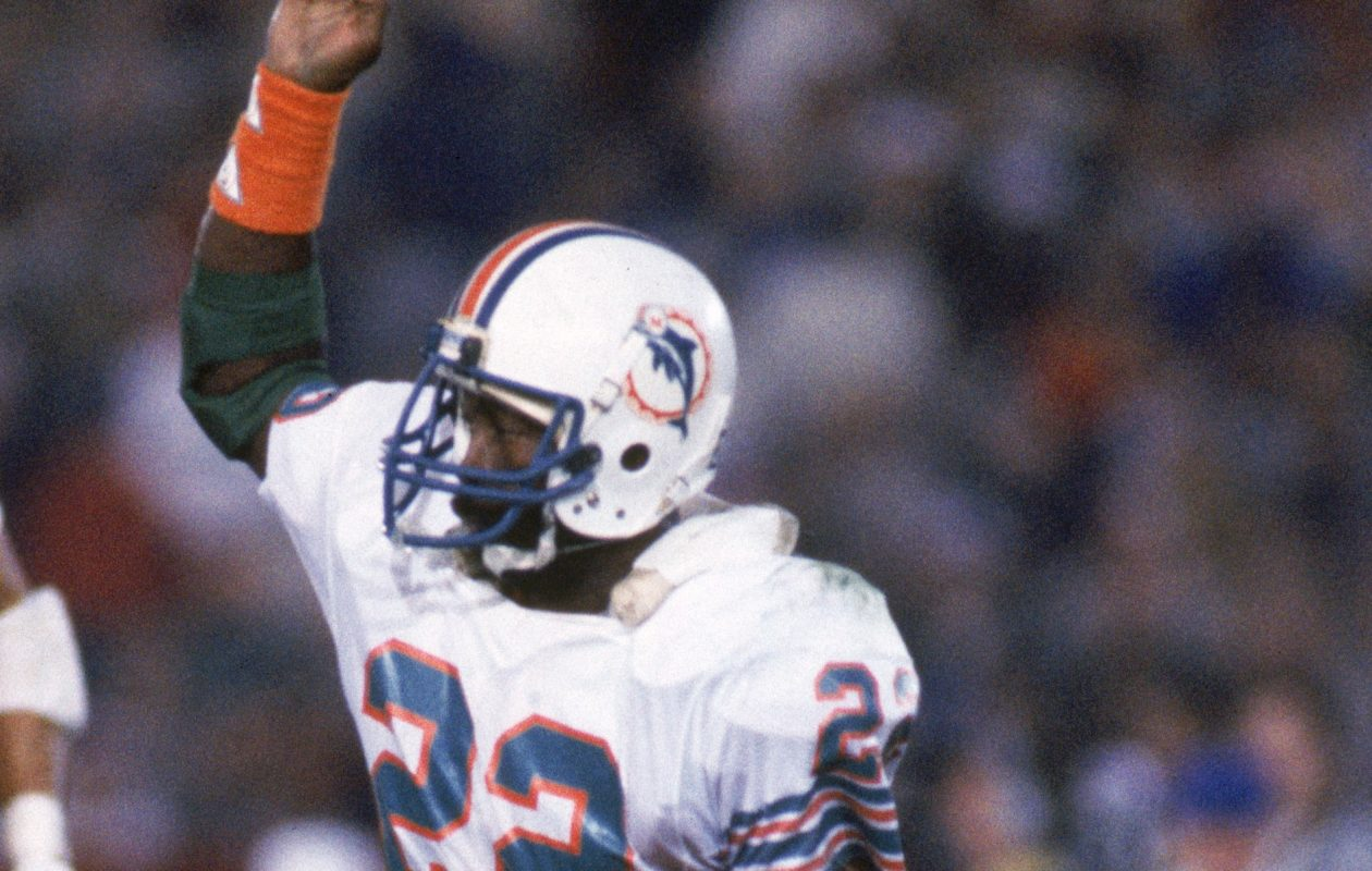 On Oct. 14, 1979, Tony Nathan opened the scoring with an 86-yard punt return as the Bills lost to the Miami Dolphins for the 20th straight time by a score of 17-7 in the Orange Bowl. (Getty Images)