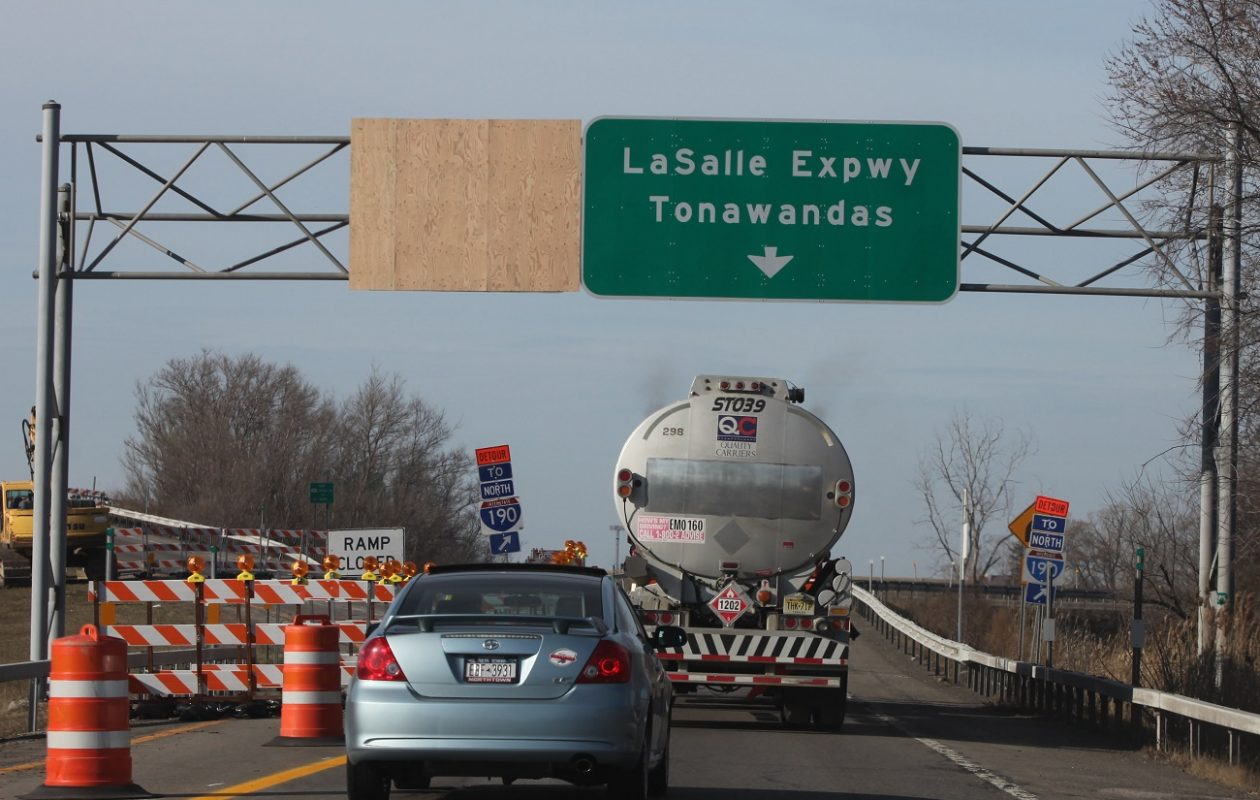 The eastbound LaSalle Expressway in Niagara Falls and Wheatfield will undergo $1.9 million in repairs.  (Buffalo News file photo)