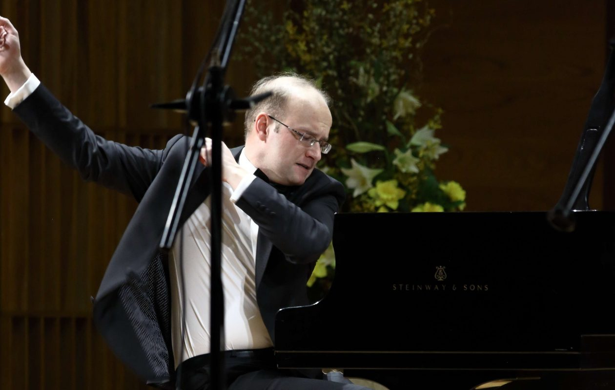 Konrad Skolarski is playing Chopin with the Buffalo Philharmonic Orchestra. Photo by Bruno Fidrych.