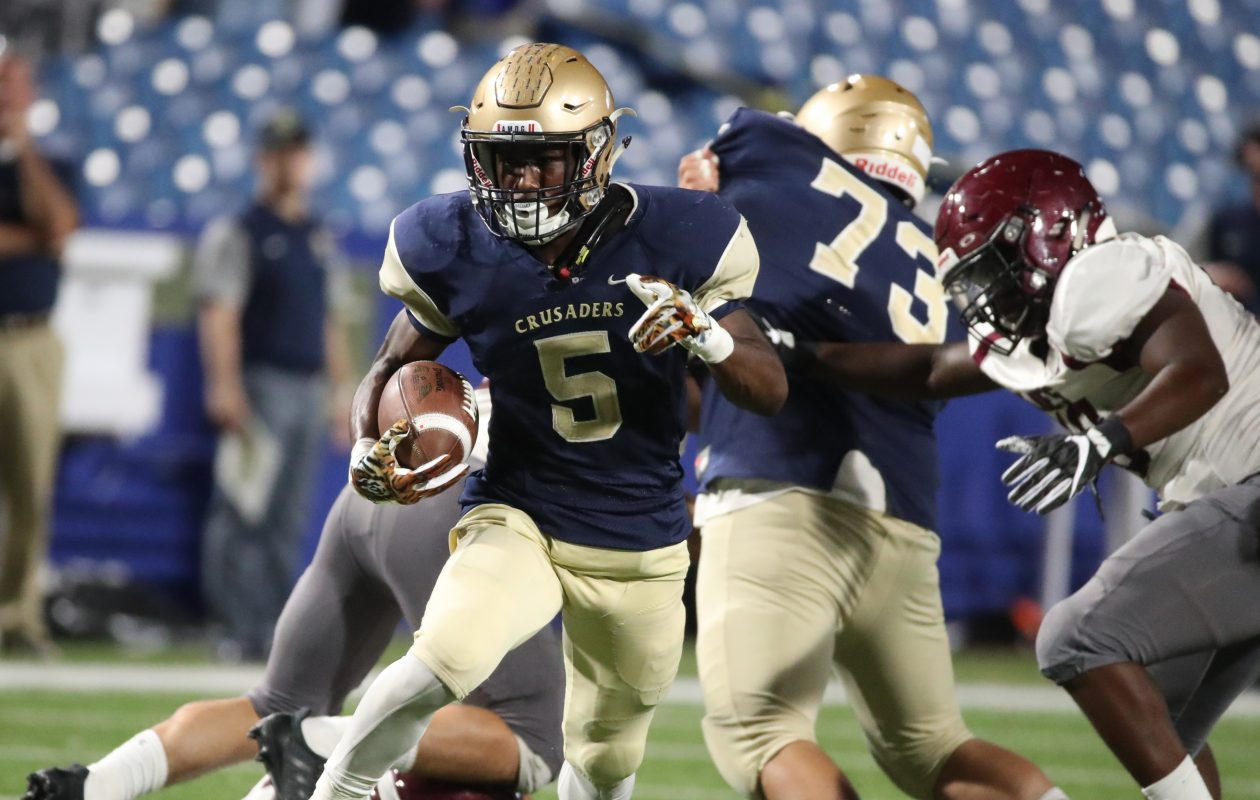 Joe Jamison played a big role in Canisius' triumph over St. Joe's back in September. (James P. McCoy/Buffalo News)