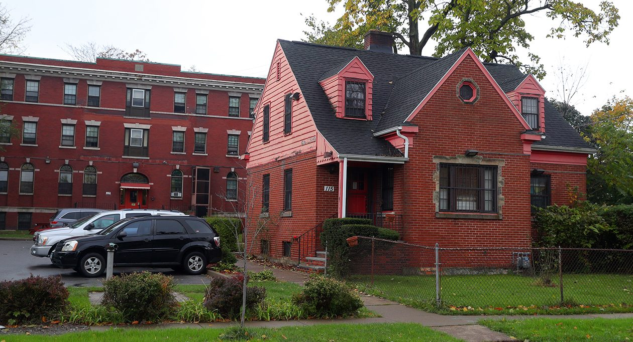 The federal halfway house in Buffalo is located on Glenwood Avenue. (John Hickey/Buffalo News)