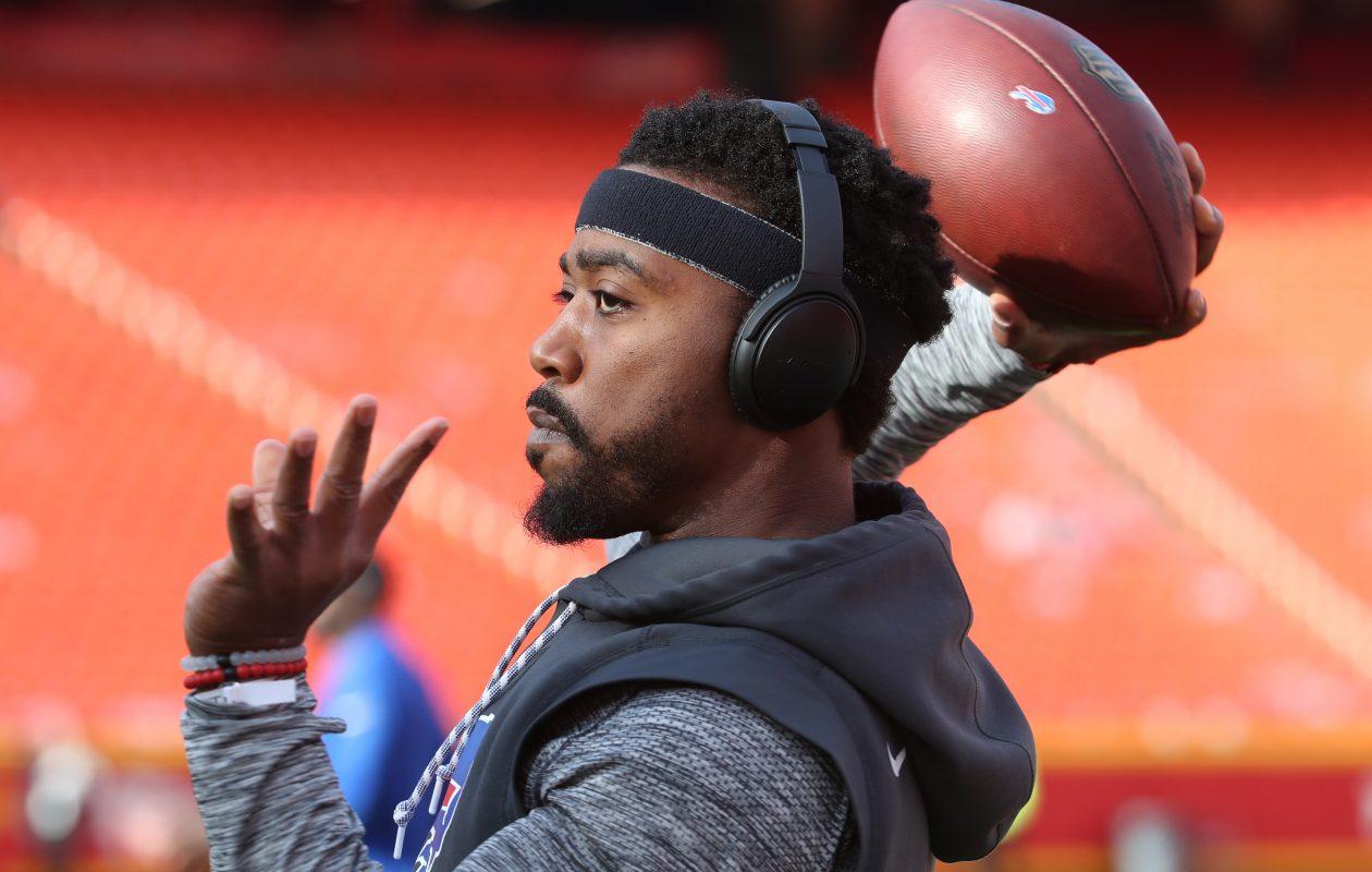 Buffalo Bills quarterback Tyrod Taylor's Pro Football Focus passing grade in Kansas City was +0.1. (James P. McCoy/Buffalo News)