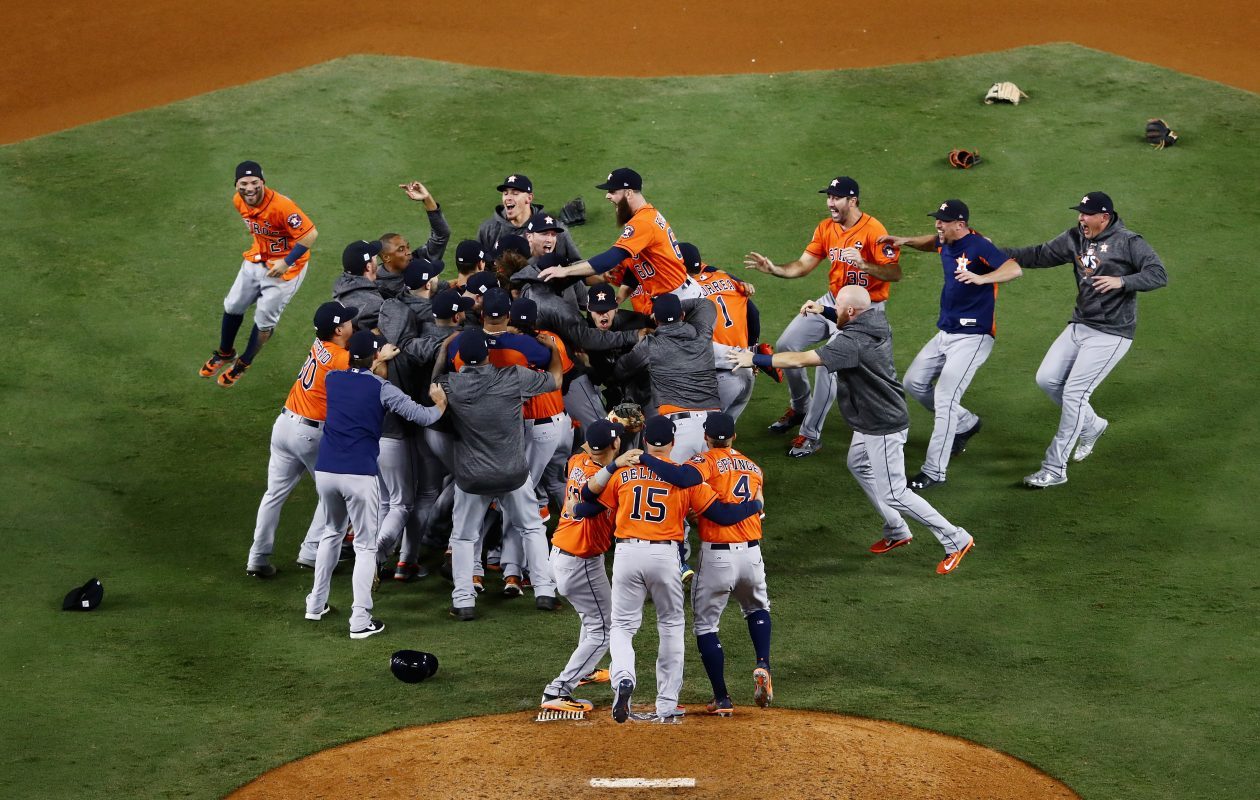 LOS ANGELES, CA – NOVEMBER 01:  The Houston Astros celebrate defeating the Los Angeles Dodgers 5-1 in game seven to win the 2017 World Series at Dodger Stadium on November 1, 2017 in Los Angeles, California.  (Photo by Tim Bradbury/Getty Images)