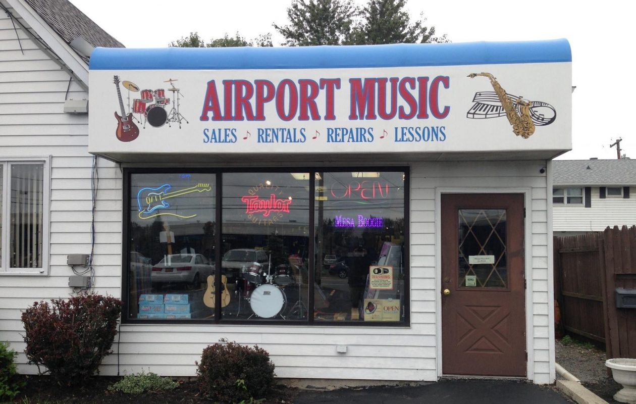 Airport Music in Cheektowaga has closed its doors after 40 years in business.