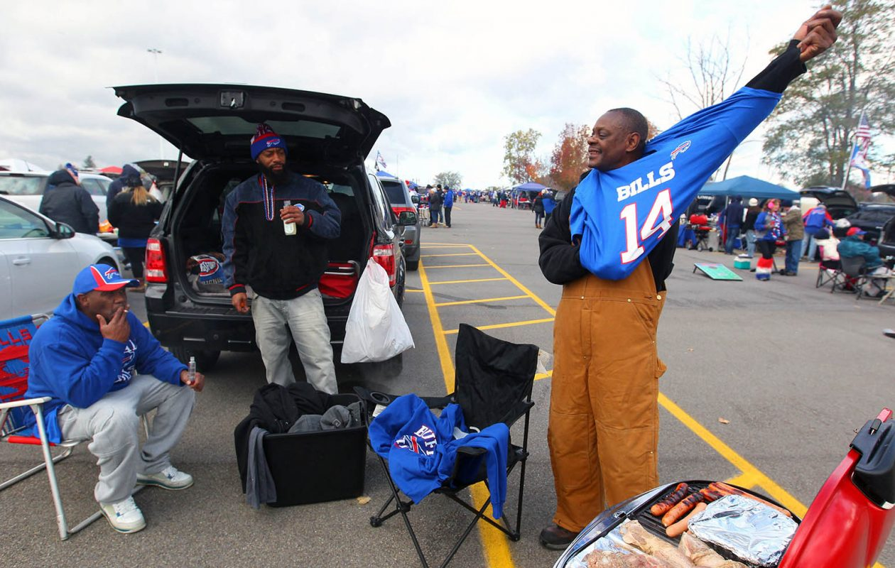If you're headed to New Era Field this Sunday, bring a jacket or jersey to put on when it starts to cool. (Mark Mulville/News file photo)