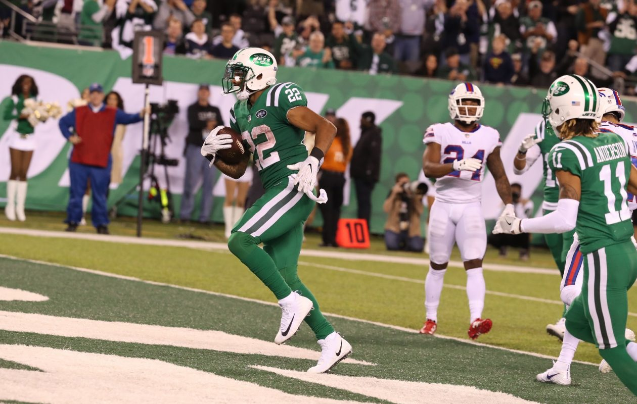 New York Jets running back Matt Forte (22) rushes for a touchdown in the fourth quarter of Thursday night's game against the Bills. (James P. McCoy/Buffalo News)