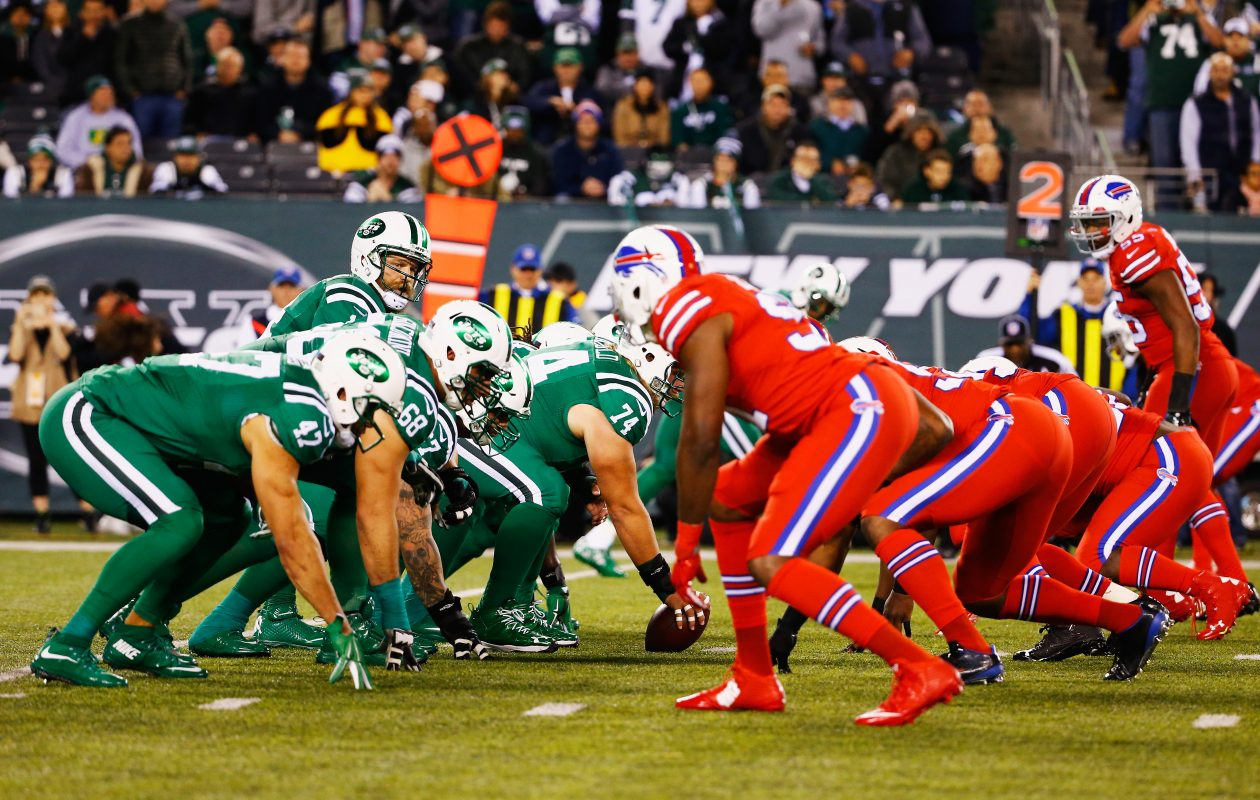 In the red/green game, the New York Jets and the Buffalo Bills line up during their game at MetLife Stadium on Nov. 12, 2015, in East Rutherford, N.J.  (Al Bello/Getty Images)
