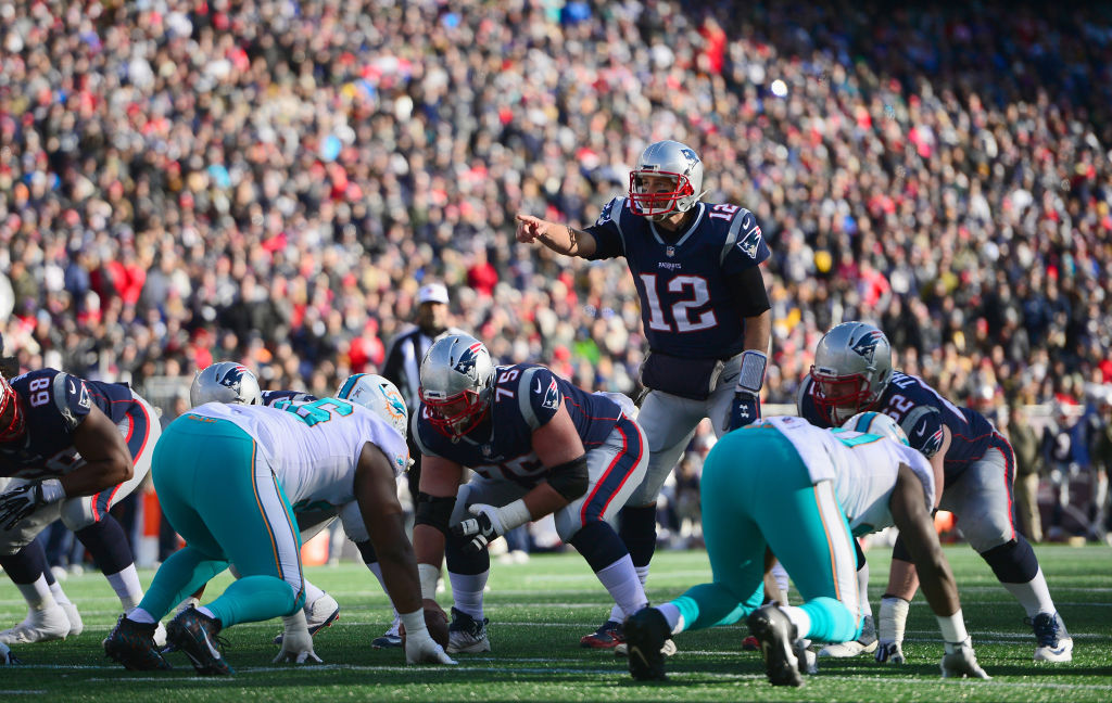 Tom Brady of the New England Patriots hasn't lost in Buffalo since 2011. (Adam Glanzman/Getty Images)