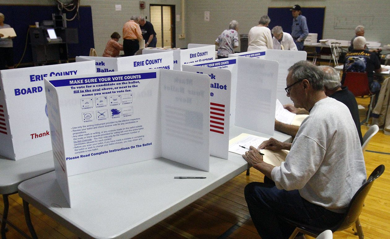 Residents vote during the 2017 elections on Tuesday. (John Hickey/News file photo)