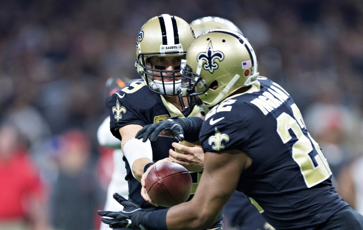Saints quarterback Drew Brees hands off the ball to Mark Ingram during a game against the Tampa Bay Buccaneers at Mercedes-Benz Superdome on Nov. 5, 2017, in New Orleans. (Wesley Hitt/Getty Images)
