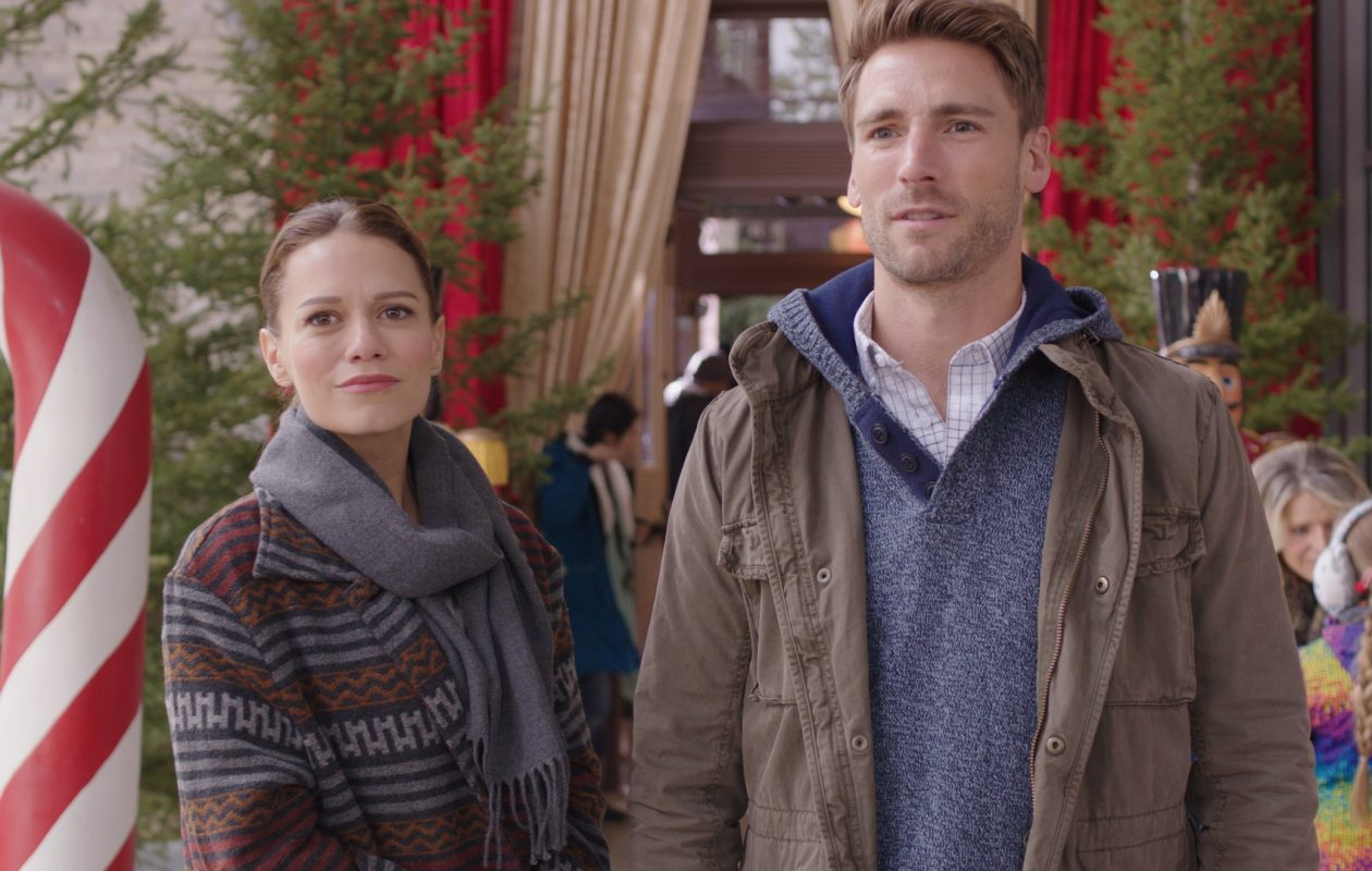 """Bethany Joy Lenz and Andrew Walker star in """"Snowed Inn Christmas,"""" one of six new original holiday movies airing on Lifetime. (Courtesy Lifetime.)"""