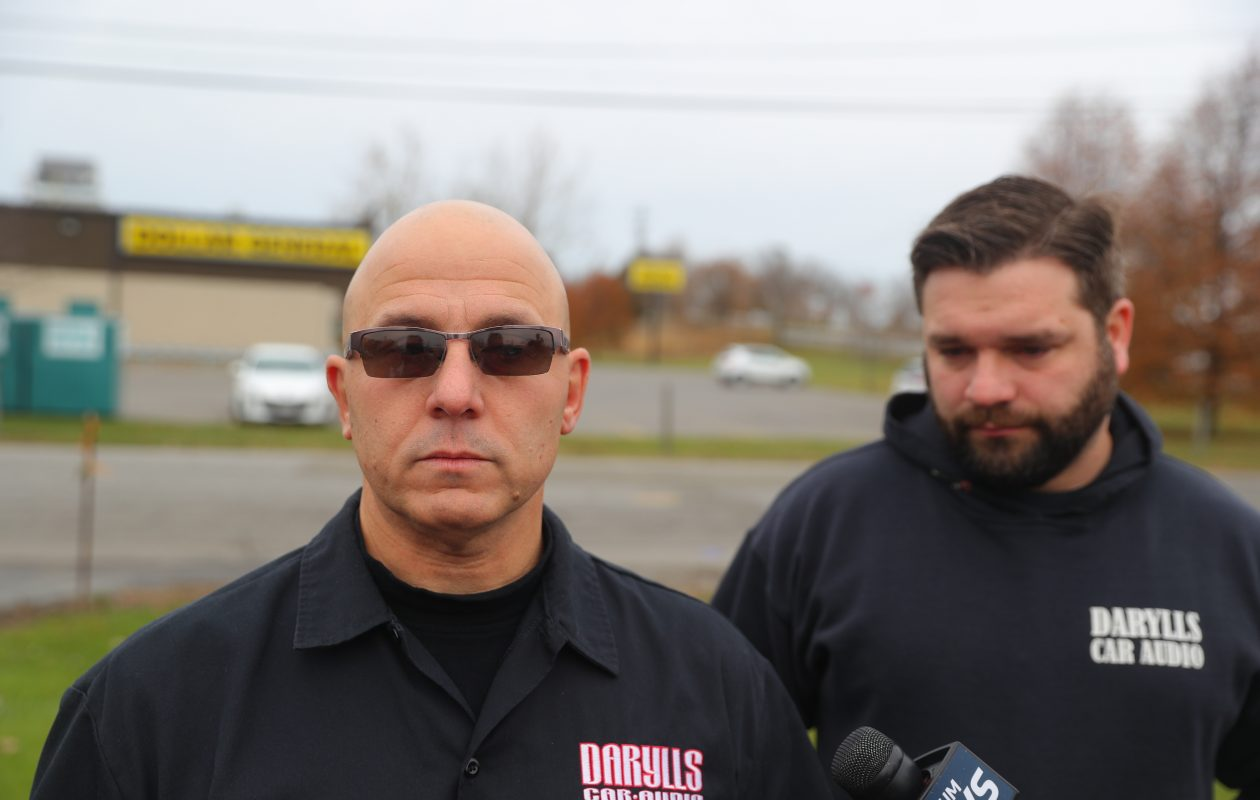 Mark Pinnavaia, left, and Christopher Kaufmann helped capture a shooting suspect. (John Hickey/Buffalo News)