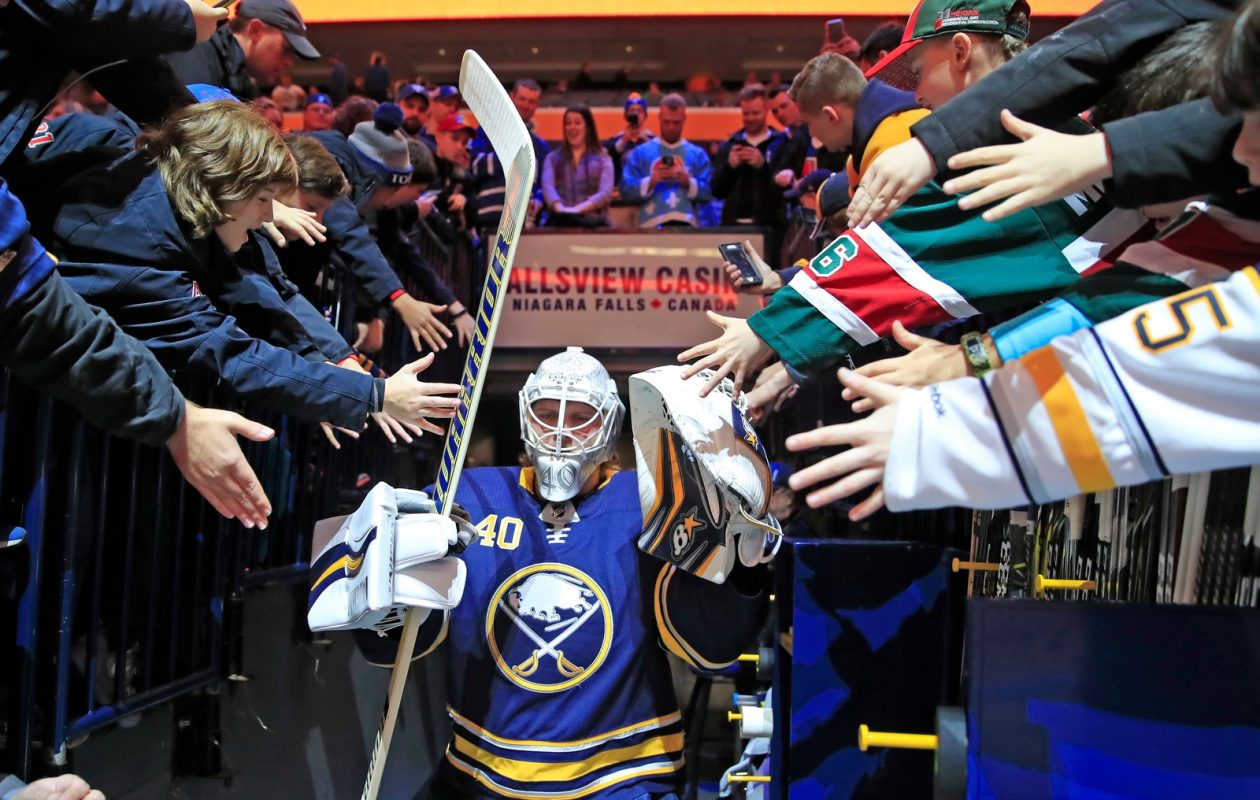 Robin Lehner will get to face his old team Tuesday in KeyBank Center. (Harry Scull Jr./Buffalo News)