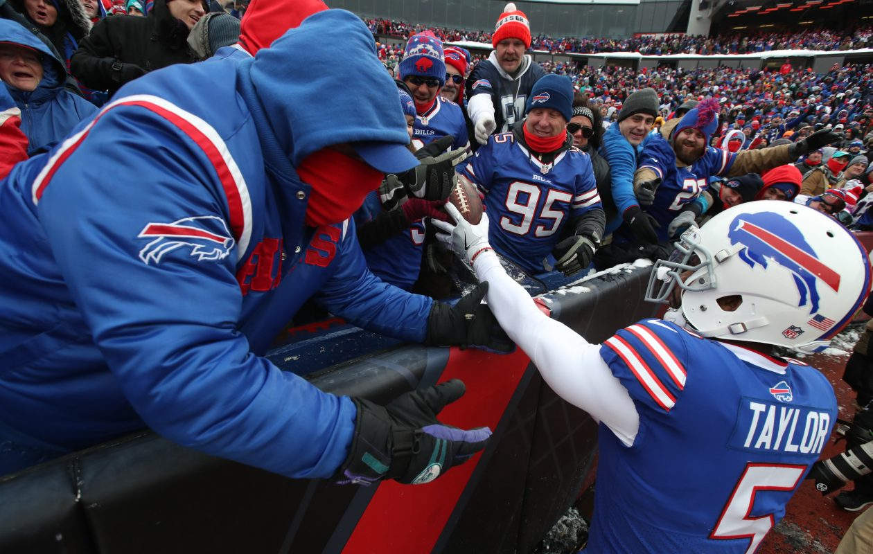 Bills quarterback Tyrod Taylor and several of his teammates have made the holiday season special for several local families. (James P. McCoy/Buffalo News)