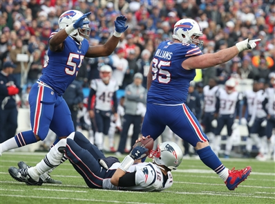Kyle Williams' sack of Tom Brady was a Bills defensive highlight in Sunday's loss against the Patriots. (James P. McCoy/Buffalo News)