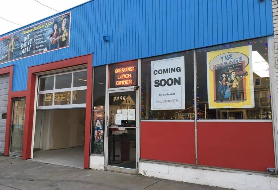 An automobile repair shop is becoming a cafe and live music venue. (Garage Cafe & Lounge)