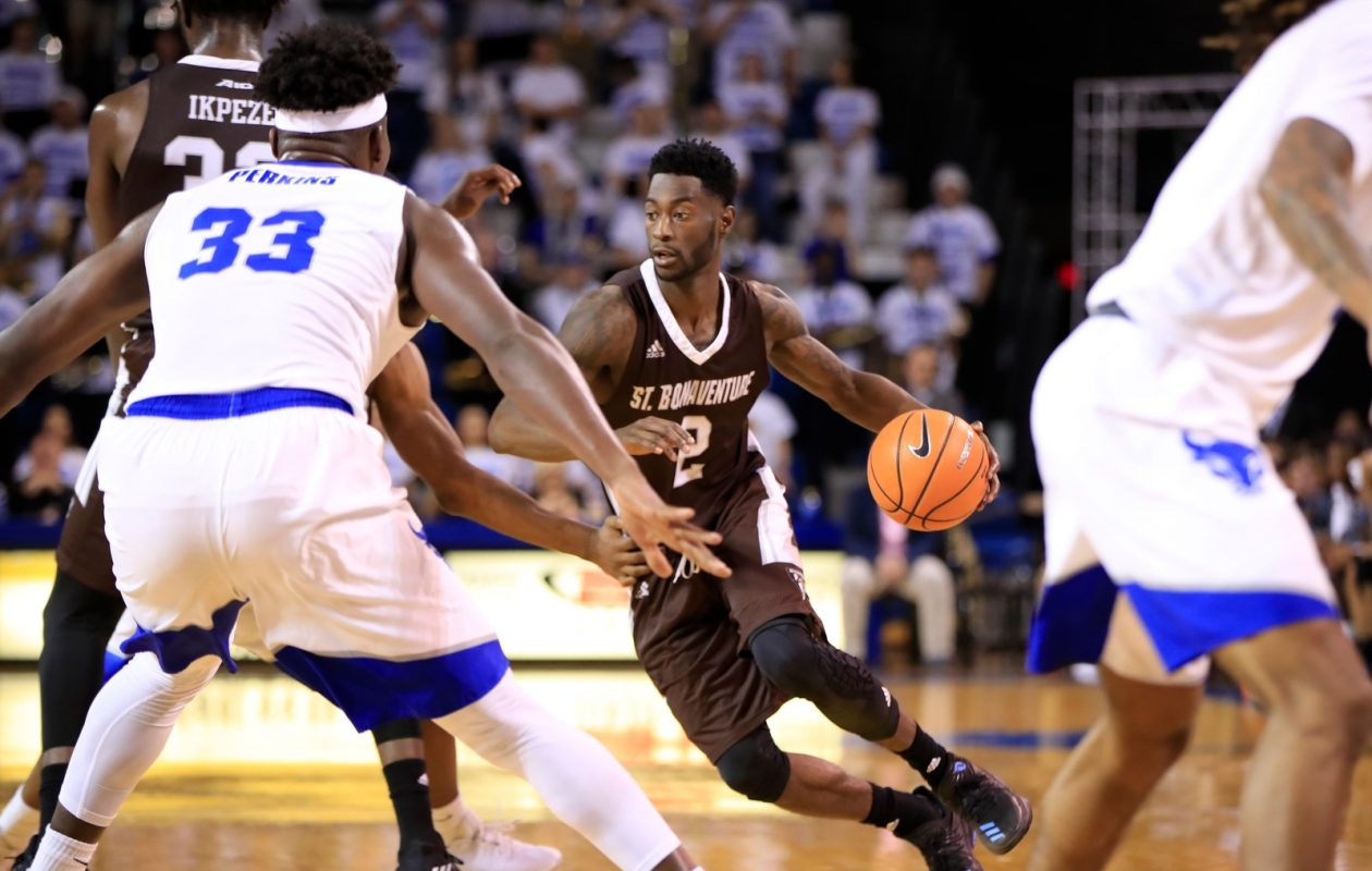 St. Bonaventure's Matt Mobley scored 28 points in the Bonnies' 98-78 win against UMass.  (Harry Scull Jr./Buffalo News)
