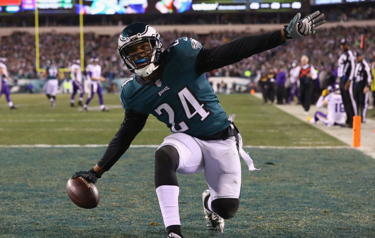 Former Turner-Carroll High School standout Corey Graham, a safety with the Philadelphia Eagles, is getting a chance to play in his second Super Bowl.  (Getty Images)