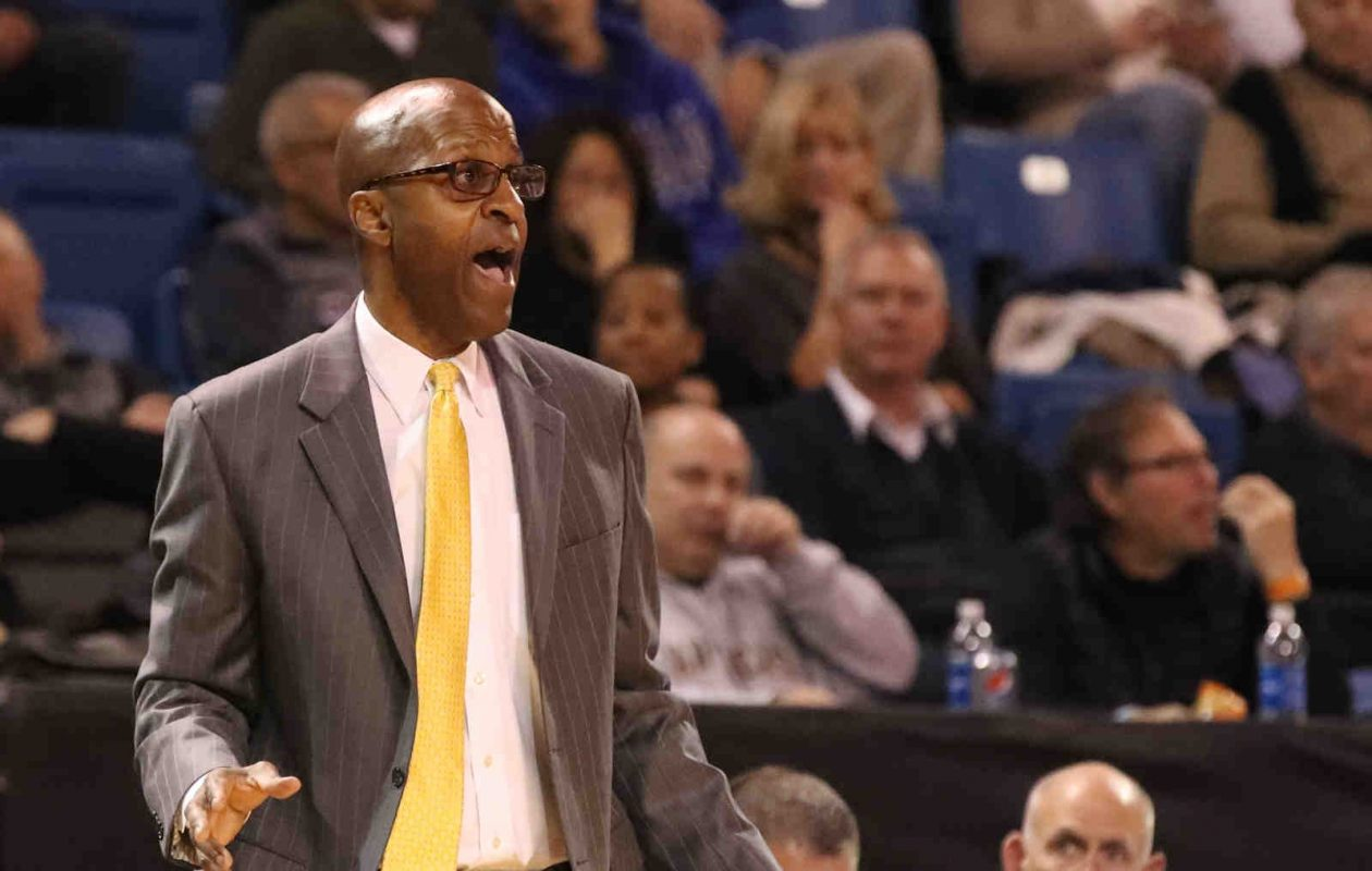 Canisius, led by coach Reggie Witherspoon, is 7-1 in the Metro Atlantic Athletic Conference. (James P. McCoy / Buffalo News)