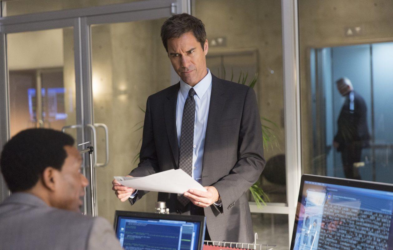 Eric McCormack stars in 'Travelers.' (Jeff Weddell/Netflix)