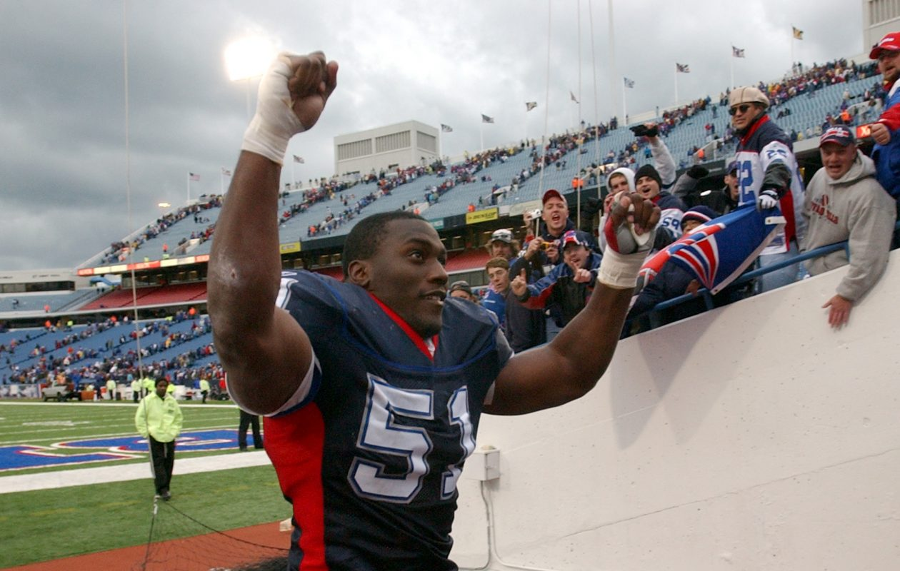 Former Bills linebacker Takeo Spikes loves what Sean McDermott has done this season – with one exception. (James P. McCoy/Buffalo News file photo)